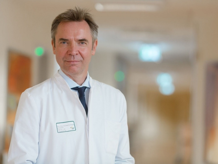 Privatdozent Dr. med. Dirk Weyhe