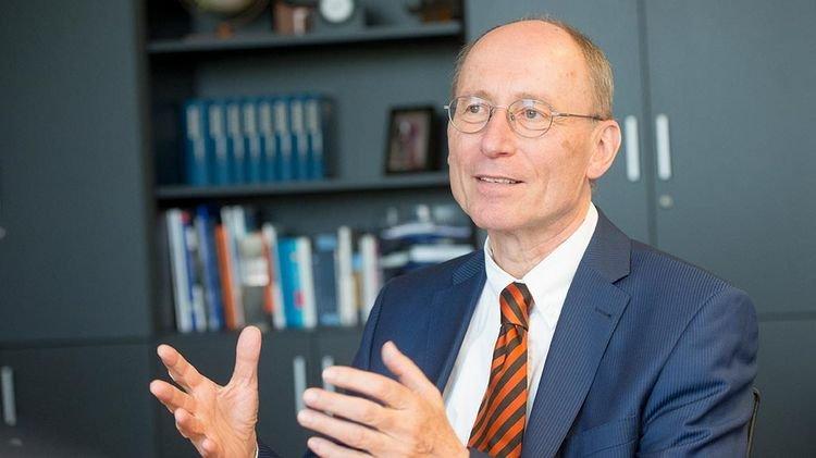 Abschied von Uni-Präsident Professor Piper