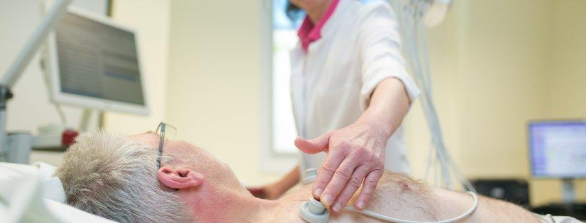 EKG  in der Klinik für Innere Medizin, Pneumologie und Gastroenterologie Pius-Hospital
