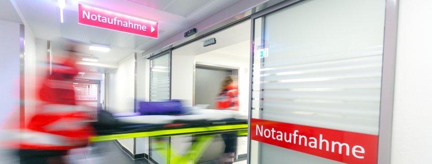 Eingang Notaufnahme im Pius-Hospital Oldenburg
