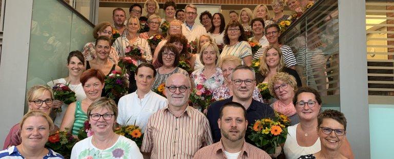 Seit vielen Jahren im Einsatz: Pius-Mitarbeitende geehrt